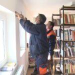 Donacija polica za biblioteku u Pambukovici